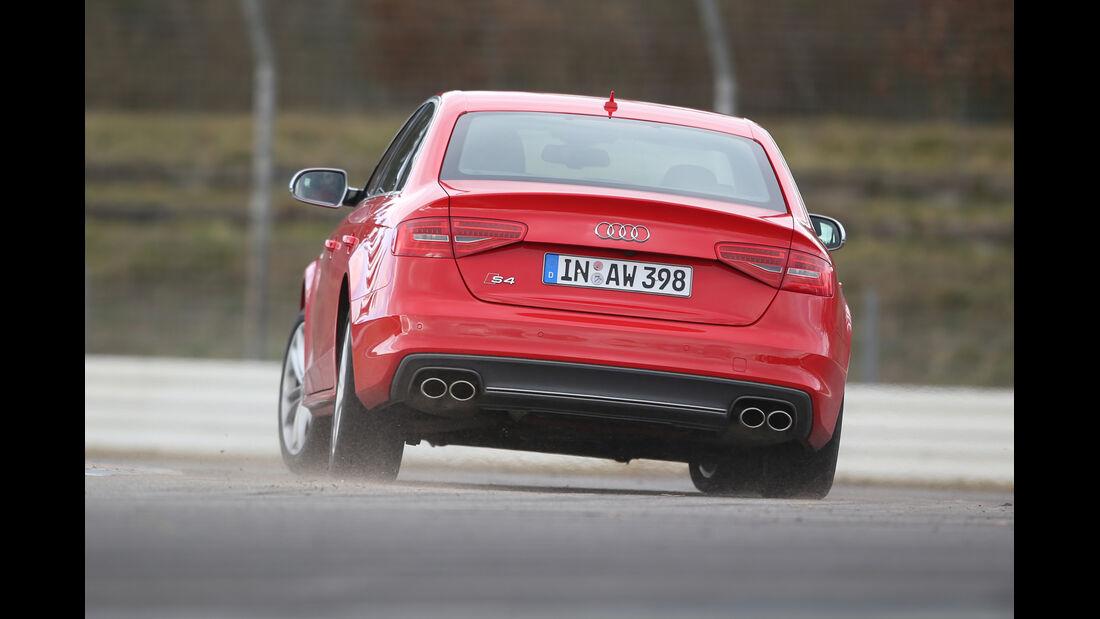 Audi S4, Heckansicht