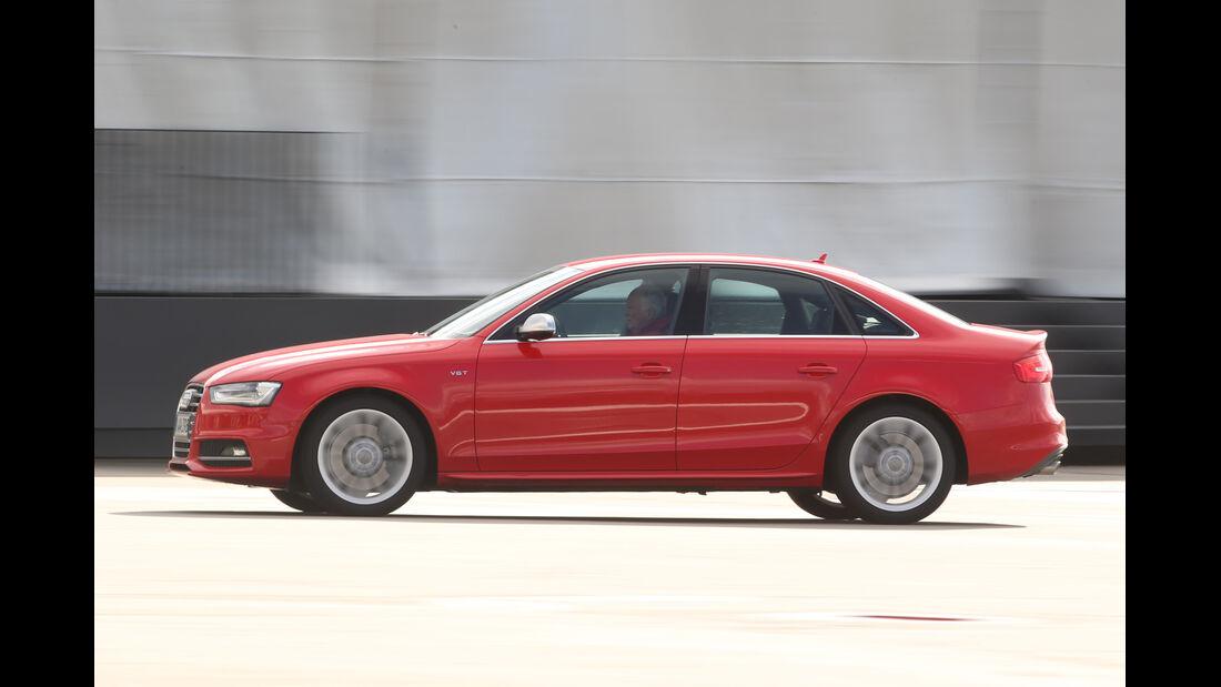 Audi S4, Seitenansicht