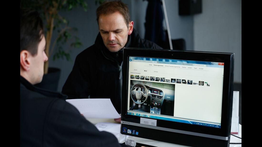 Audi S5, Angebot, Internet