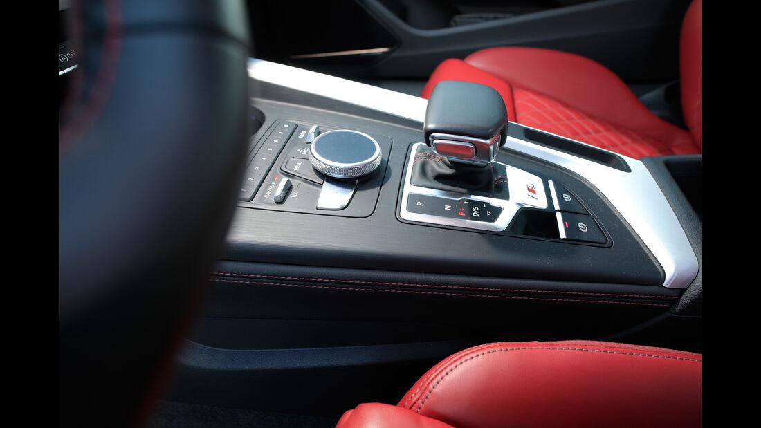 Audi S5, Bedienelemente