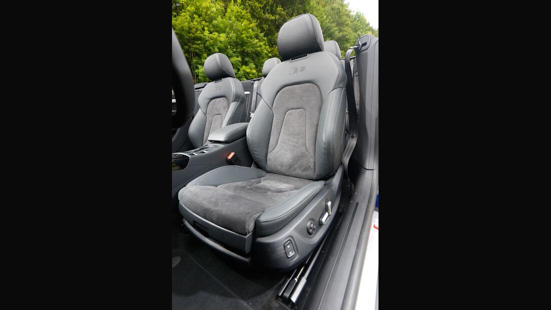 Audi S5 Cabrio, Fahrersitz