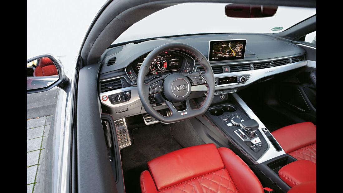 Audi S5, Cockpit