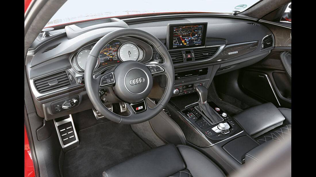 Audi S6, Cockpit