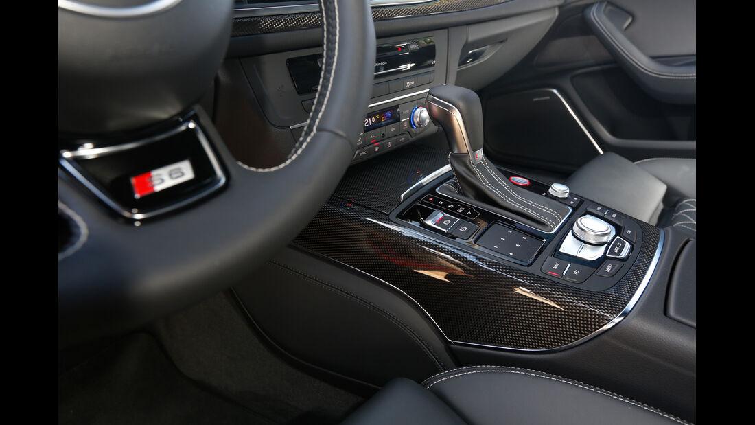 Audi S6, Schalthebel, Mittelkonsole