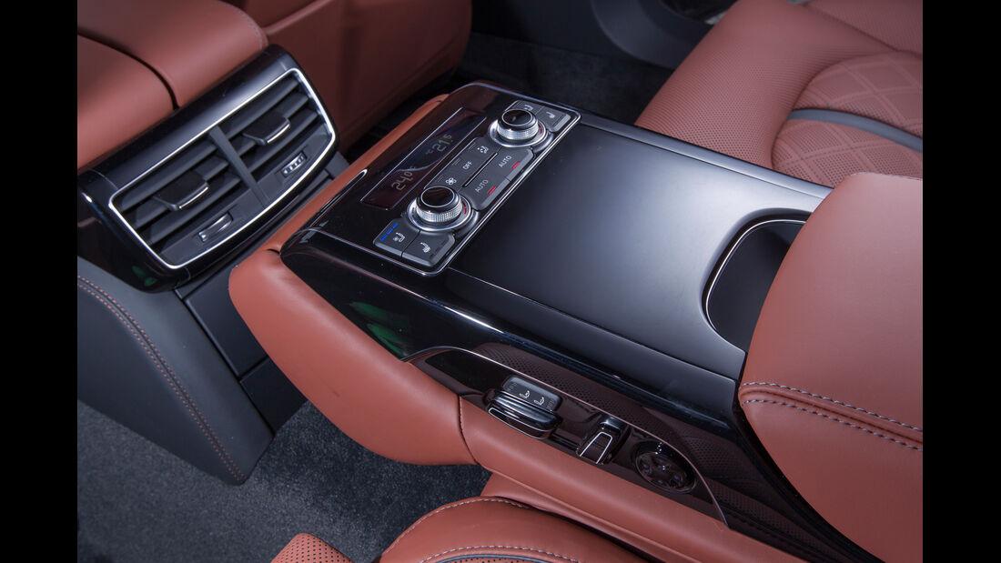 Audi S8, Bedienelemente