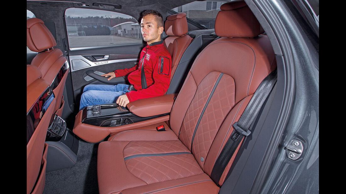 Audi S8, Fondsitz, Beinfreiheit
