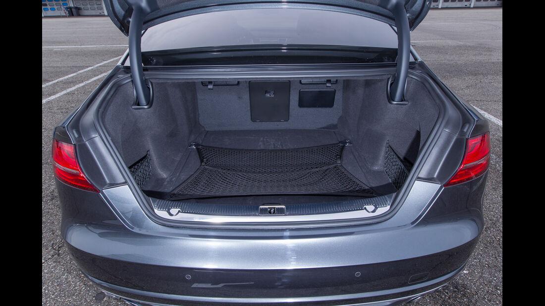 Audi S8, Kofferraum