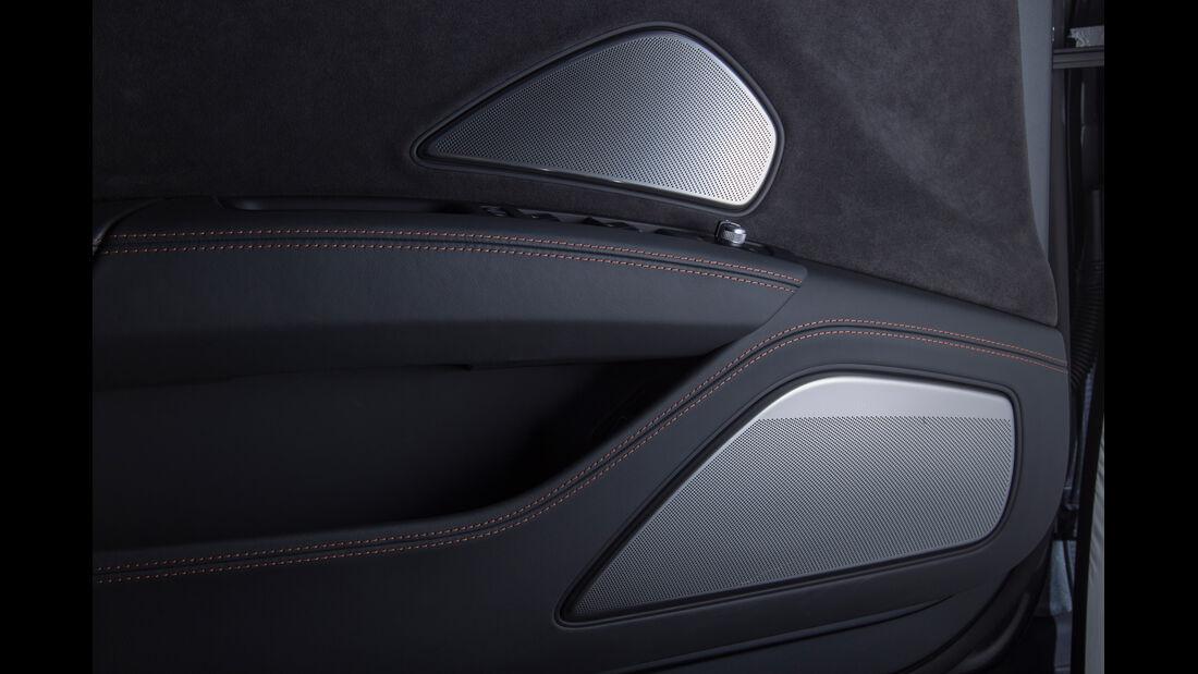 Audi S8, Lautsprecher