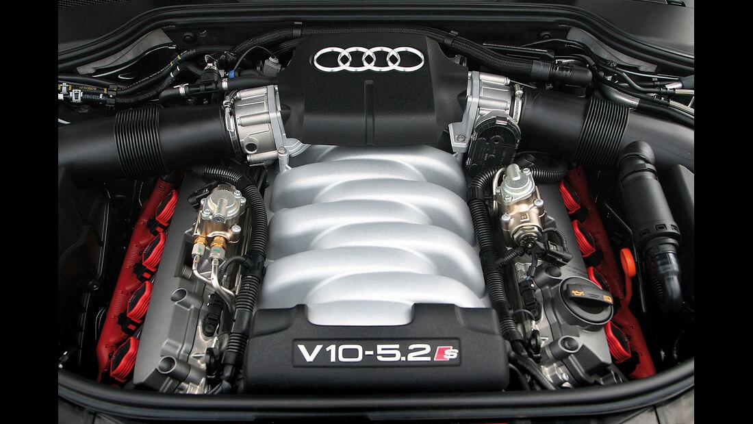 Audi S8 Motor