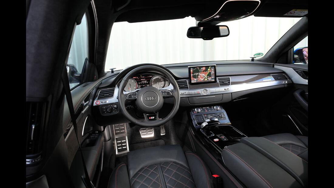 Audi S8 Plus, Cockpit