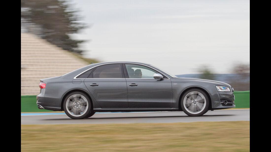 Audi S8, Seitenansicht