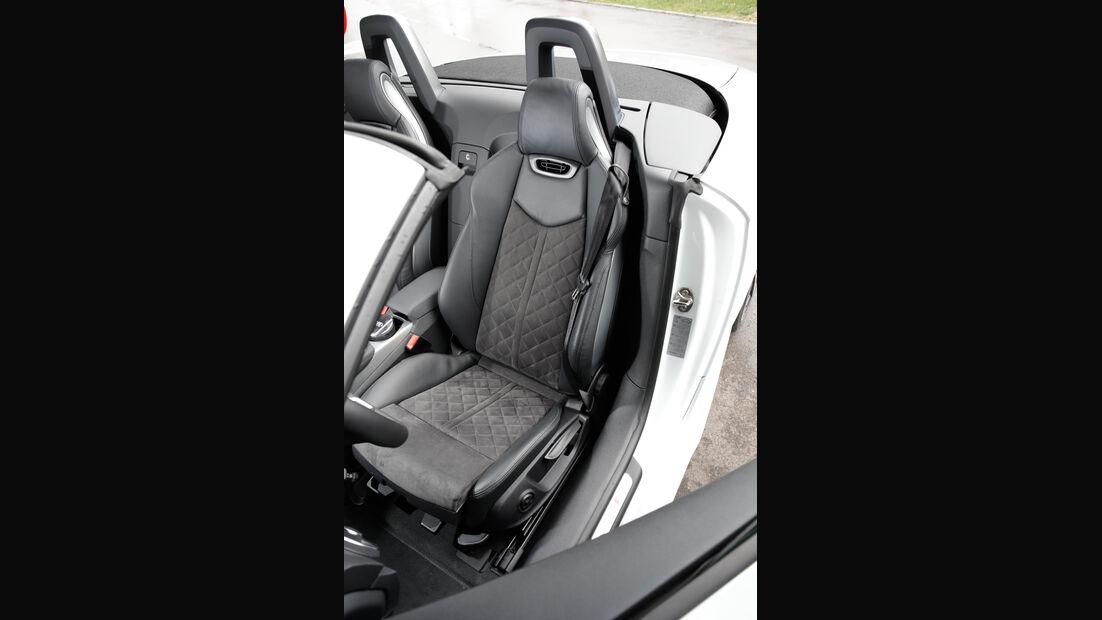 Audi TT 2.0 TDI Ultra, Fahrersitz
