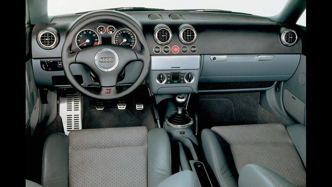 Audi TT Coupé Quattro, Cockpit