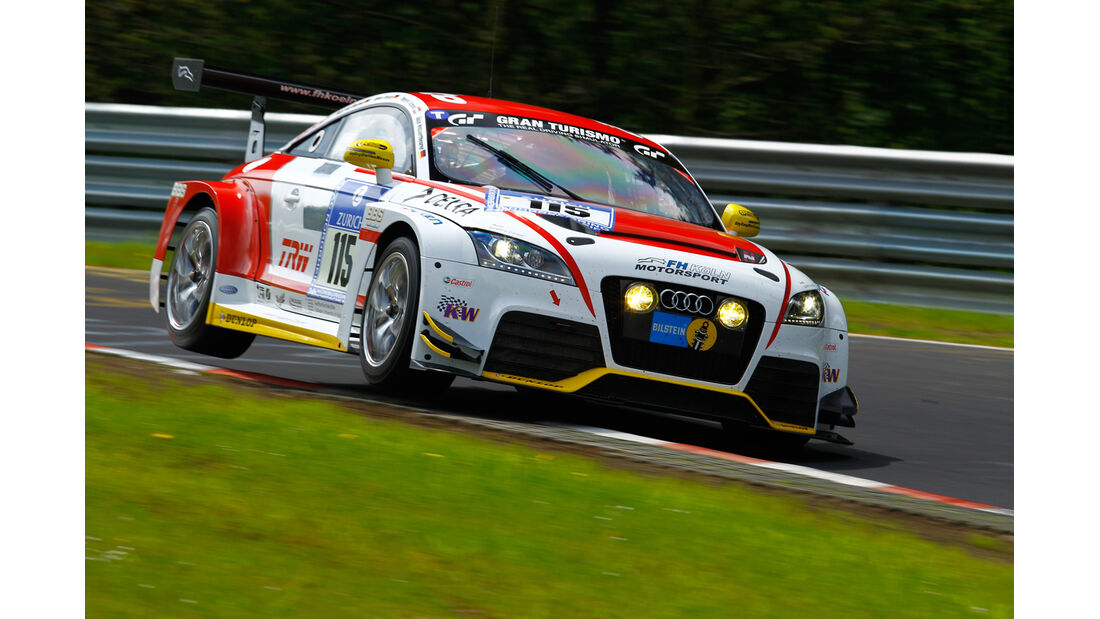 Audi TT RS, Adam Osieka