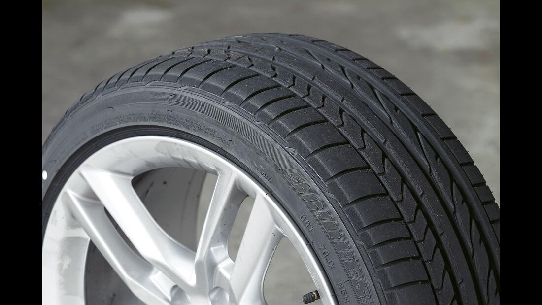 Audi TT RS, Bridgestone Potenza RE050A