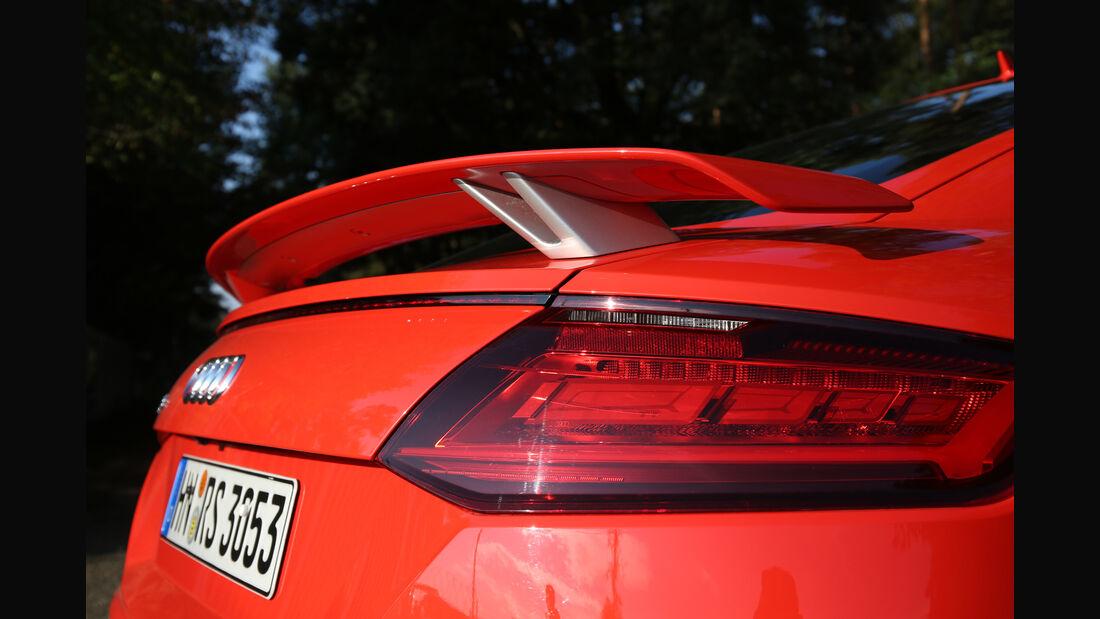 Audi TT RS Coupé, Heckspoiler