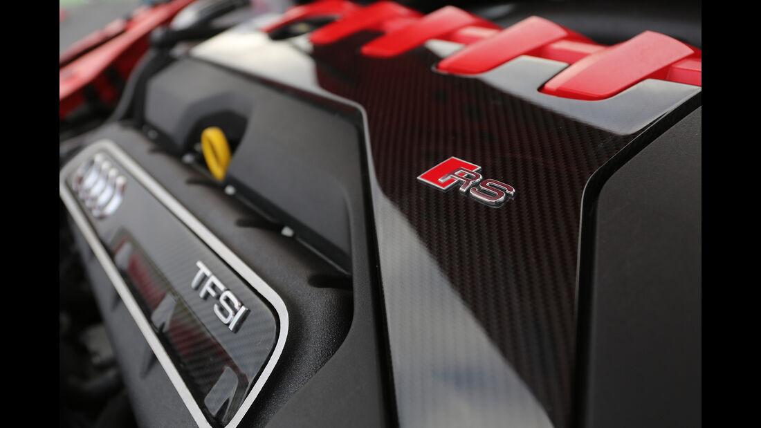 Audi TT RS Coupé, Motor