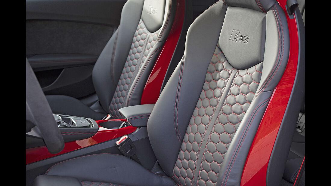Audi TT RS Coupe, Interieur