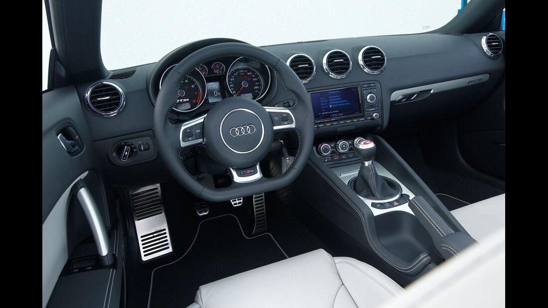 Audi TT RS Plus Roadster, Cockpit, Lenkrad