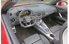 Audi TT Roadster 2.0 TFSI Quattro, Cockpit
