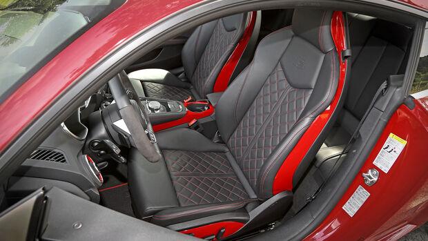 Audi TTS Competition, Interieur