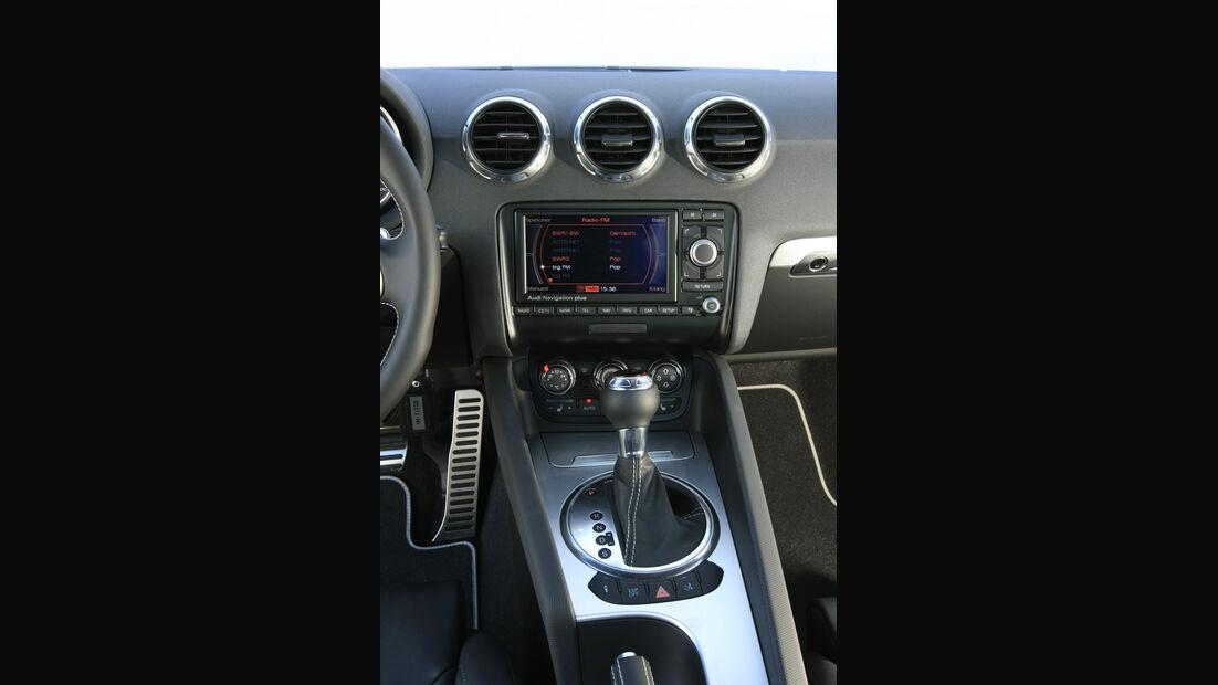 Audi TTS Coupé 2.0 TFSI, Mittelkonsole