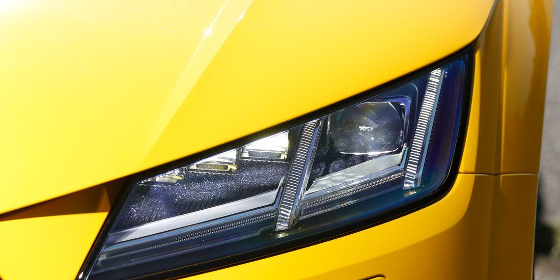 Audi TTS Coupé, Frontscheinwerfer