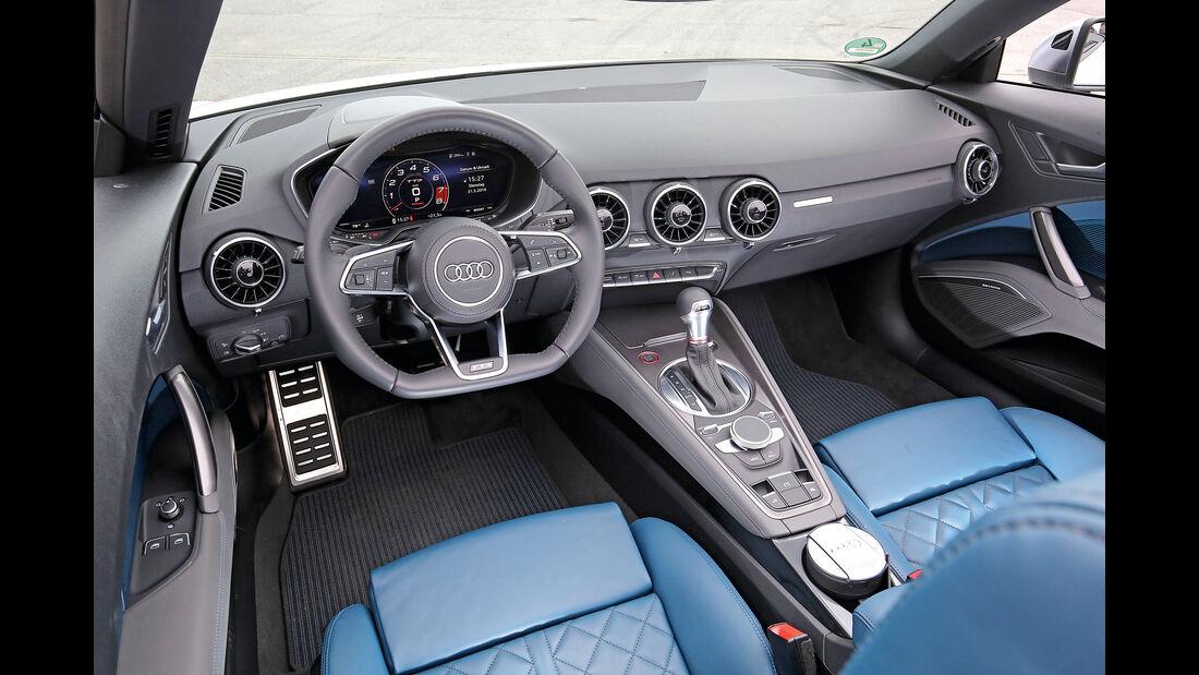 Audi TTS Roadster 2.0 TFSI, Cockpit