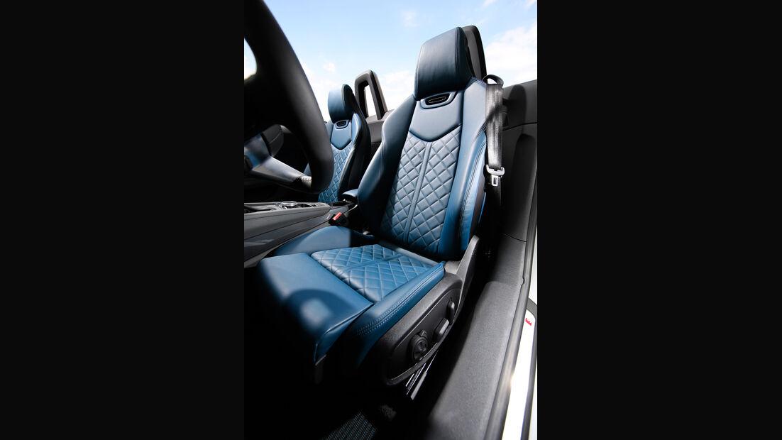 Audi TTS Roadster, Fahrersitz