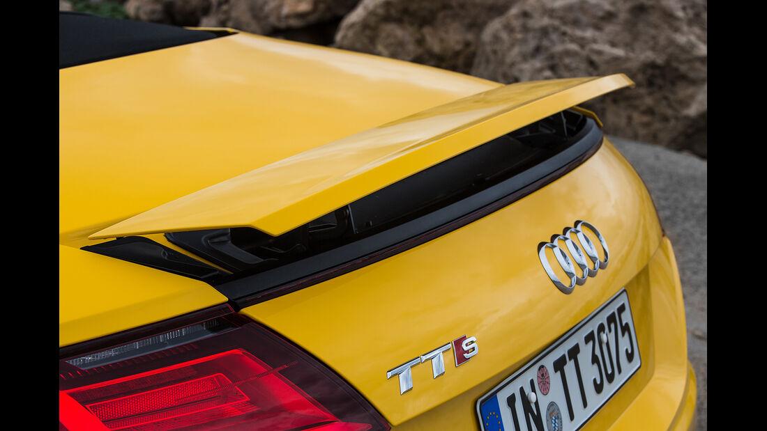 Audi TTS Roadster, Heckflügel