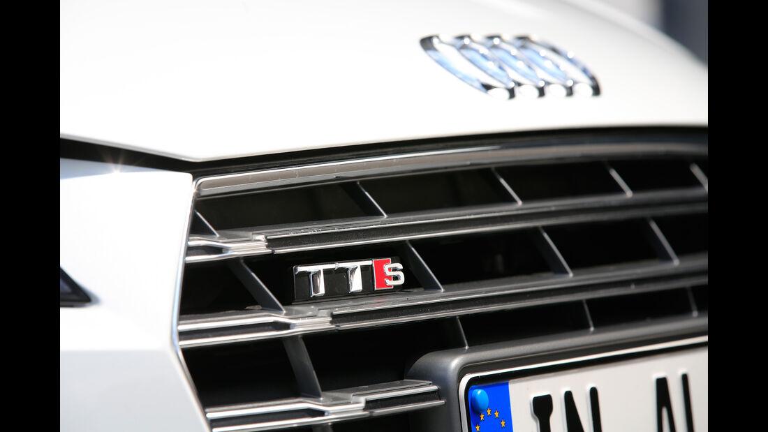 Audi TTS Roadster, Kühlergrill