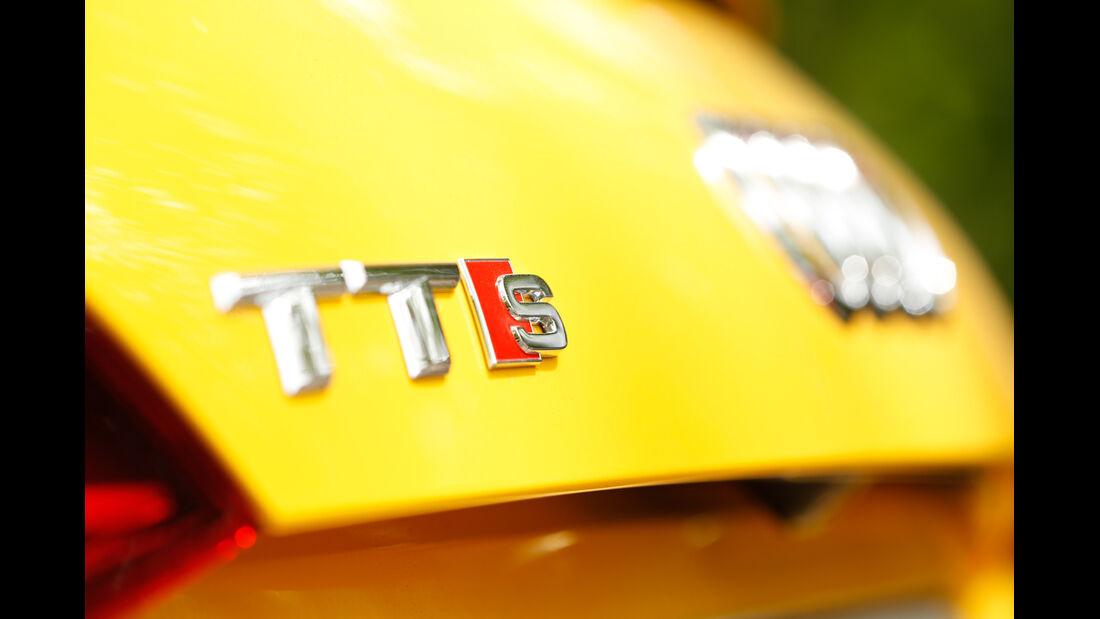 Audi TTS Roadster, Typenbezeichnung