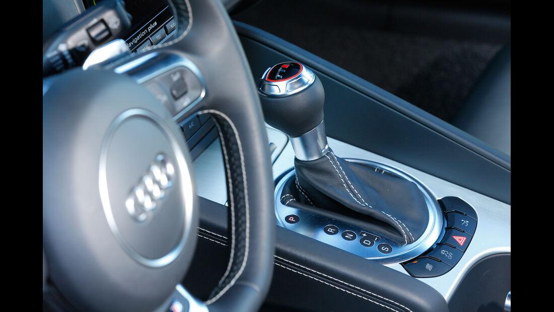 Audi TTS, Schalthebel, Lenkrad