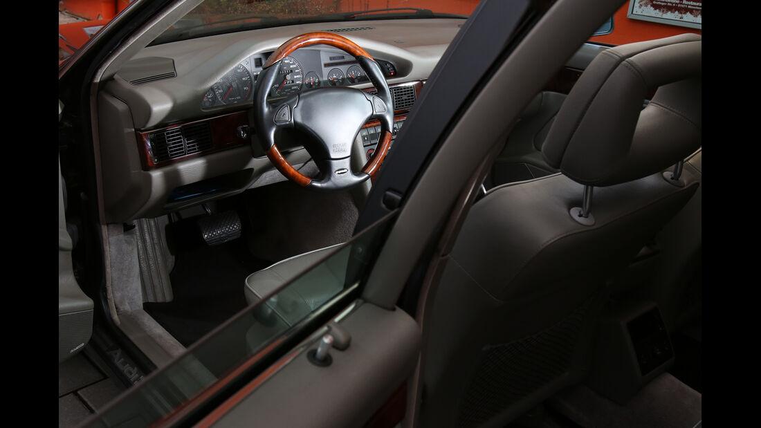 Audi V8, Typ 4C, 1988–1994, Cockpit, Lenkrad
