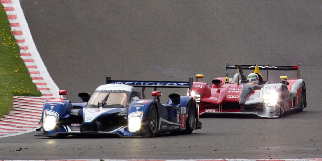 Audi und Peugeot beim 1.000 km-Rennen in Spa