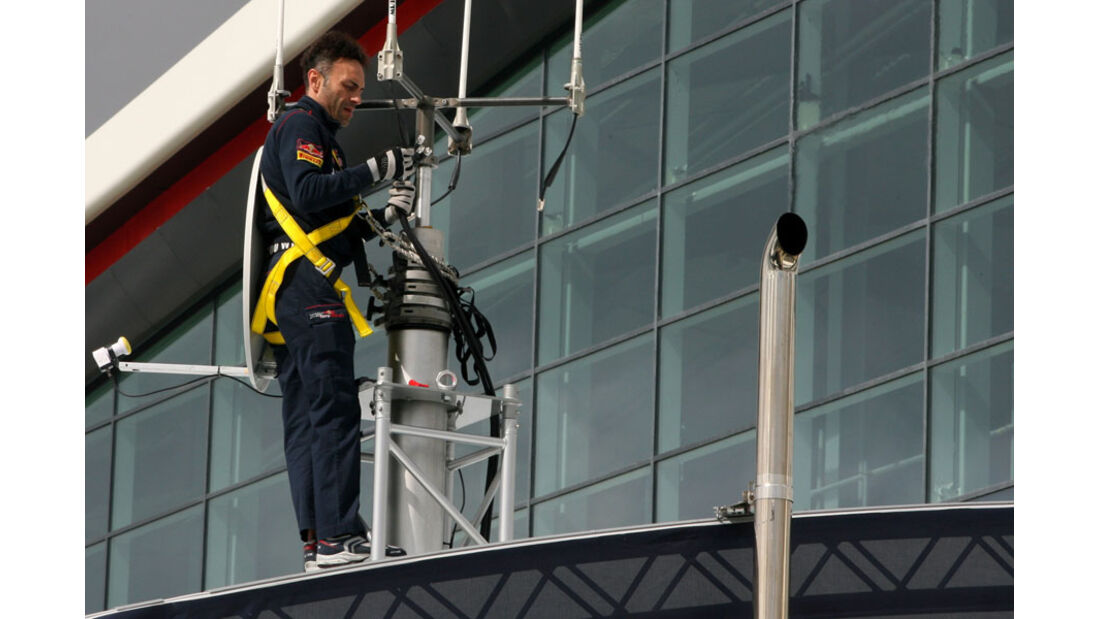 Aufbau - GP England - Silverstone - Do. 7. Juli 2011