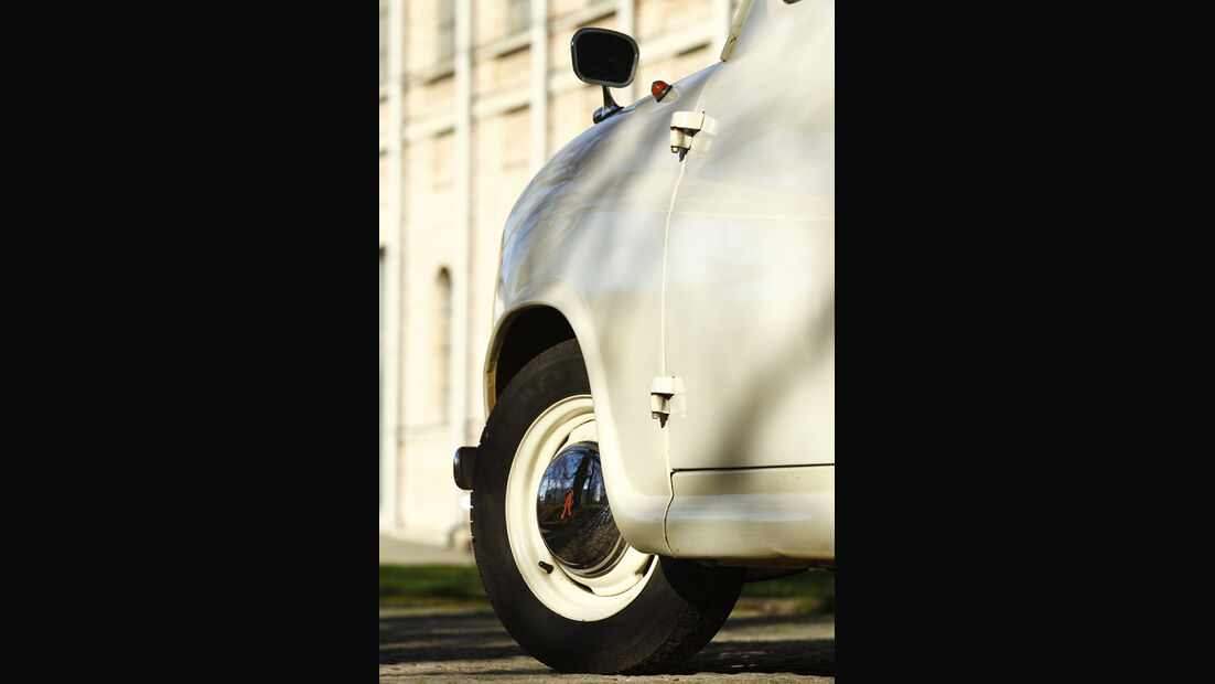 Austin A35, Rad, Kotflügel