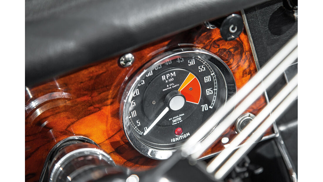 Austin Healey 3000 MK II, Rundinstrument
