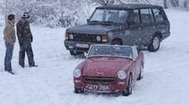 Austin Sprite und Range Rover Vogue