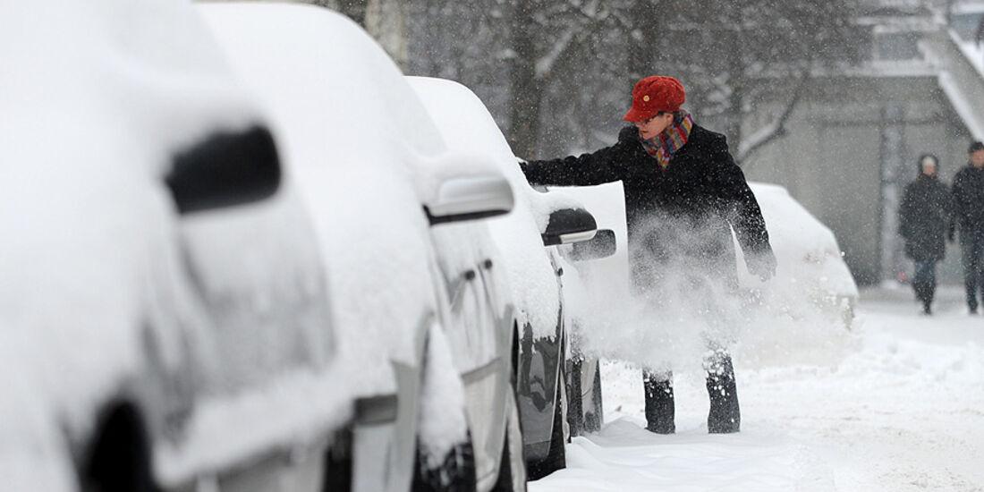 Auto Schnee