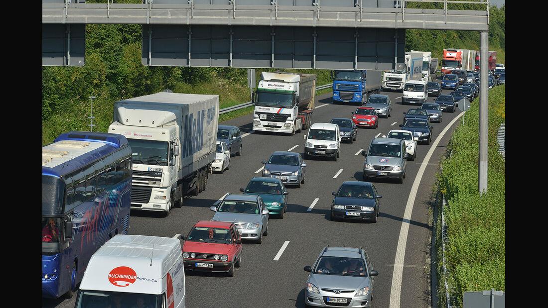 Autobahn Stau dichter Verkehr