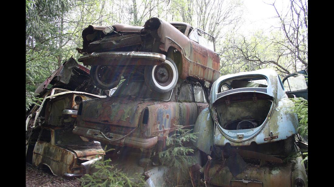 Autofriedhof Bästnäs, Impressionen