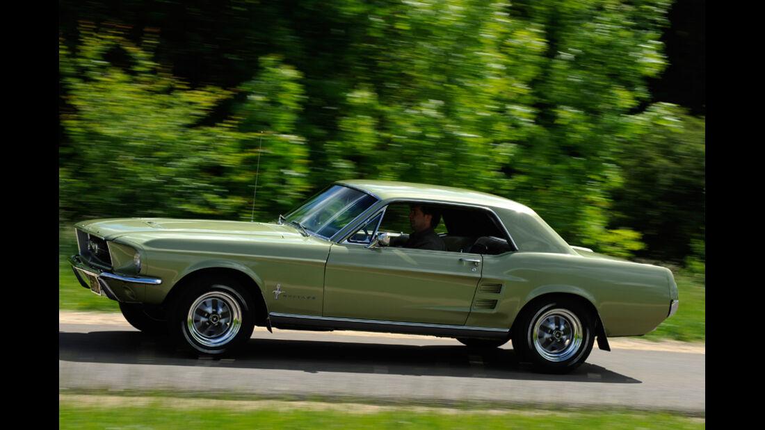 Automobil-Design, Ford Mustang, Seitenansicht