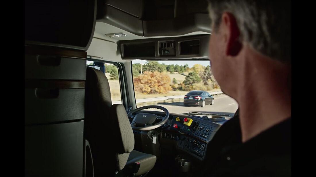 Autonomer Otto Truck Uber Volvo VNL 780