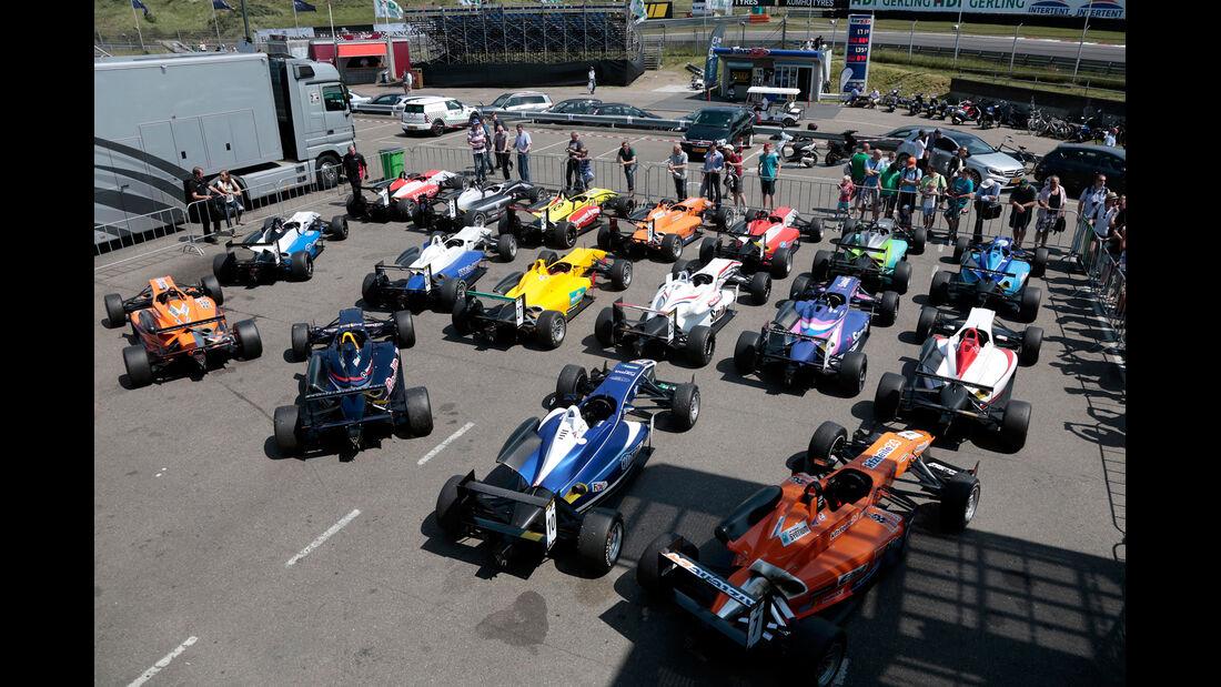 Autos - Masters of Formula 3 2013
