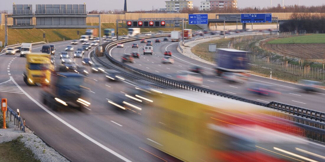 Autos in Europa sollen künftig leiser werden.