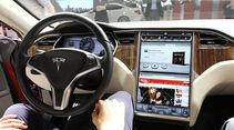 Autosalon Genf 2012, Cockpit, Tesla Model S