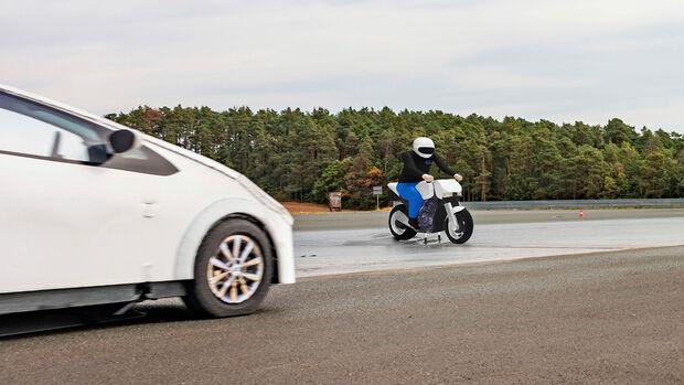 Autosicherheitssysteme und Motorräder, Sicherheitskampagne