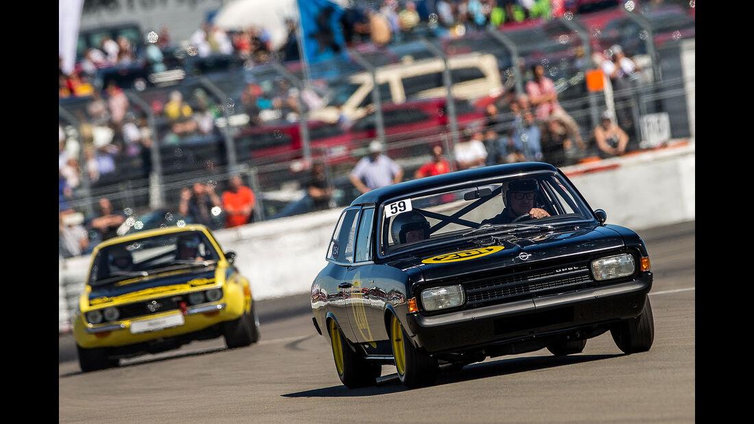 AvD Oldtimer Grand Prix 2016 Opel Commodore Schwarze Witwe