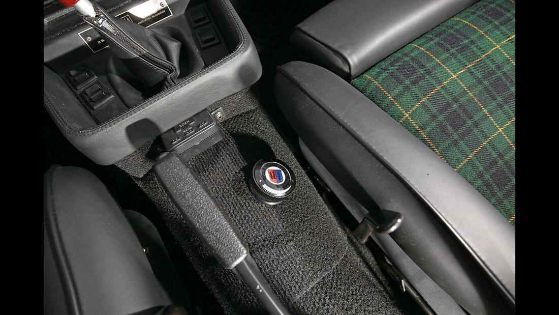 B7 S Turbo Coupé, Mittelkonsole